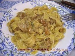 pasta,funghi,cucina,ricette,ricetta,pappardelle,primi piatti salsiccia,panna