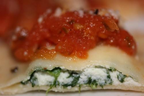 ravioloni di ricotta e spinaci.jpg