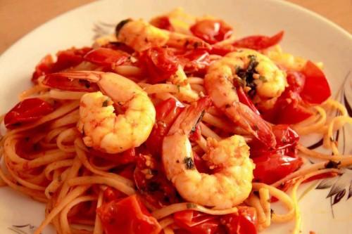 cucina, ricette, ricetta, primi piatti, pesce, gamberi, spaghetti ai gamberi,