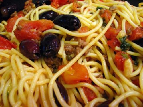 cucina, ricette, ricetta, pasta, primi piatti, capperi, acciughe,